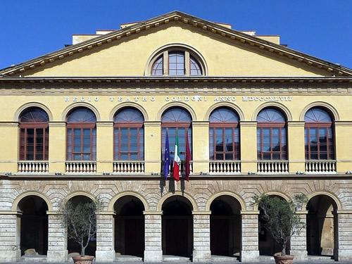 teatro goldoni livorno foto